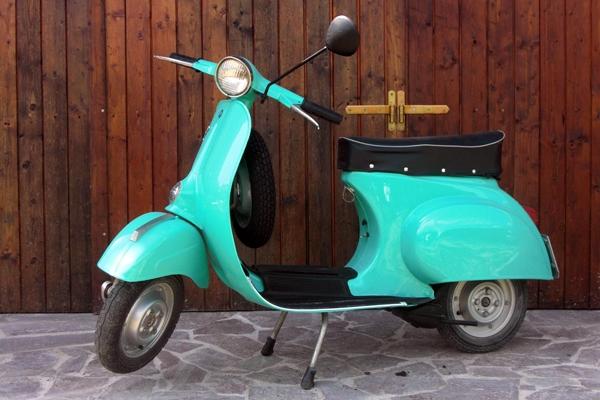 vespa-1968-L50-vintage-tours